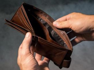 За борг у 300 гривень можуть позбавити субсидії